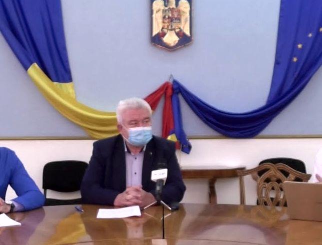 Prefectul Aradului, Gheorghe Stoian, are coronavirus. DSP începe ancheta epidemiologică