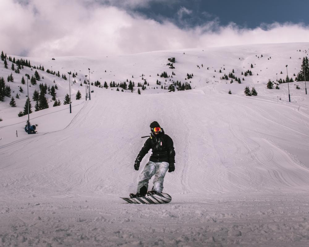 Muntele Mic, staţiunea de schi din Banat unde zăpada ţine şi 180 de zile pe an