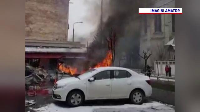 O butelie a explodat într-o rulotă amplasată într-o piață din Timișoara. Înăuntru se adăpostea un bărbat