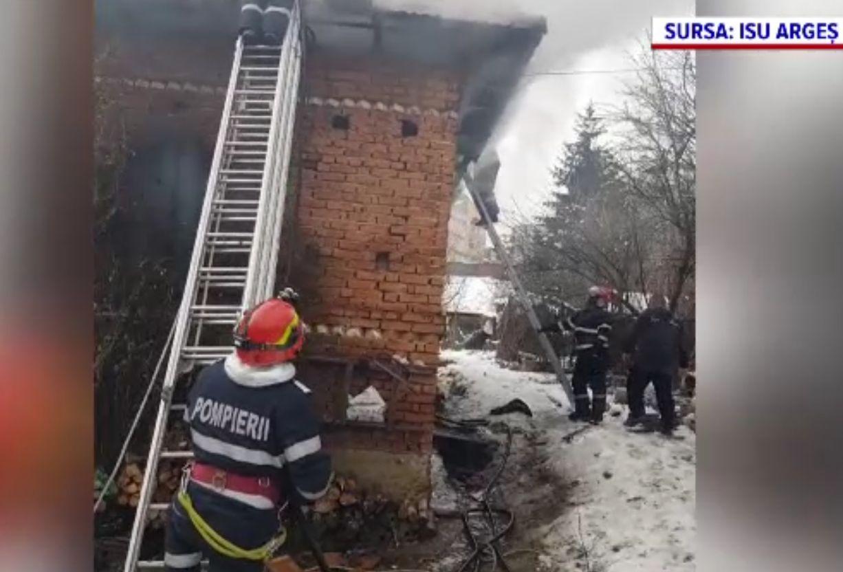 Peste 80 de incendii în ţară, în ultimele 24 de ore. Zeci de familii au rămas pe drumuri