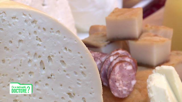 Ce îngraşă mai tare: carnea de pui, brânzeturile sau ceafa de porc? Răspunsul e absolut surprinzător
