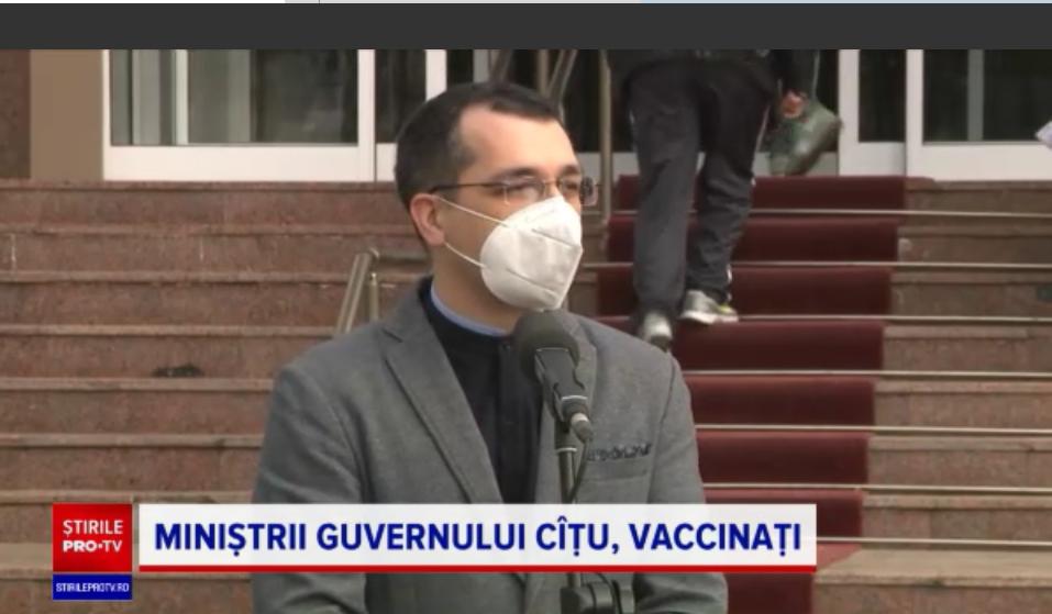"""Miniștrii s-au vaccinat anti-Covid. """"Cred că merită două înțepături viața noastră"""""""
