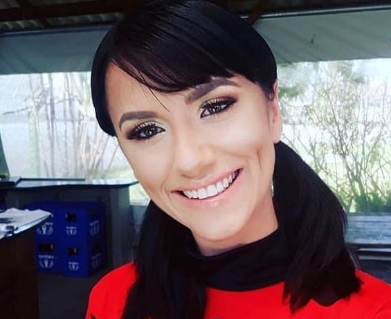 O profesoară de 28 de ani și-a găsit sfârșitul în timp ce își făcea selfie. A fost lovită de un val