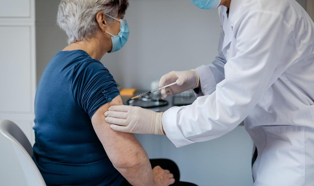 DSP Bacău, despre femeia care a murit după vaccinare: Nu se susţine decesul ca fiind o reacţie adversă