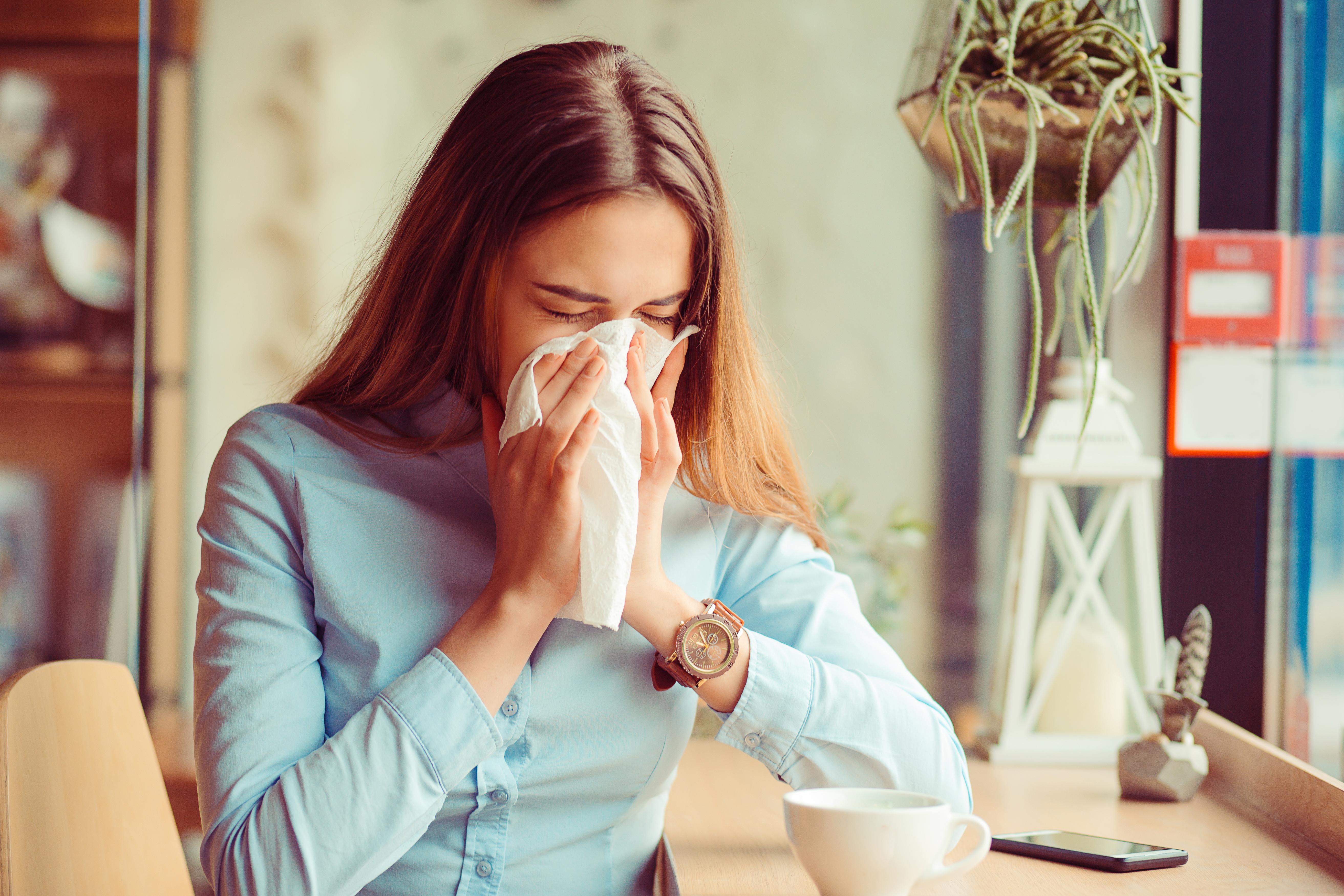 Infecțiile respiratorii au scăzut cu 70% față de anul trecut. Câte cazuri de gripă s-au înregistrat