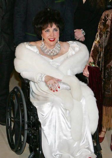 Rivala de-o viata, Debbie Reynolds: Liz a suferit mult in ultimele zile