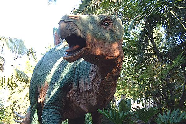 80% din dinozauri disparusera deja cand asteroidul a lovit Pamantul. Din ce cauza au murit animalele