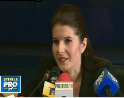 Monica Iacob Ridzi a devenit mama. Baietelul are ceva probleme de sanatate