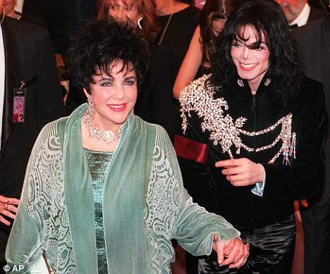 Noi dezvaluiri despre prietenia dintre Michael Jackson si Elizabeth Taylor. Ce cadouri scumpe isi faceau cei doi
