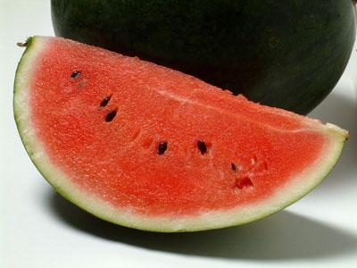 Avertisment OMS: Pepenele cumparat deja feliat poate provoca salmonela si listeria. Ce spun medicii