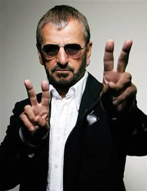 Ringo Starr revine pe scena. Nu singur, ci alaturi de trupa sa, All Star Band