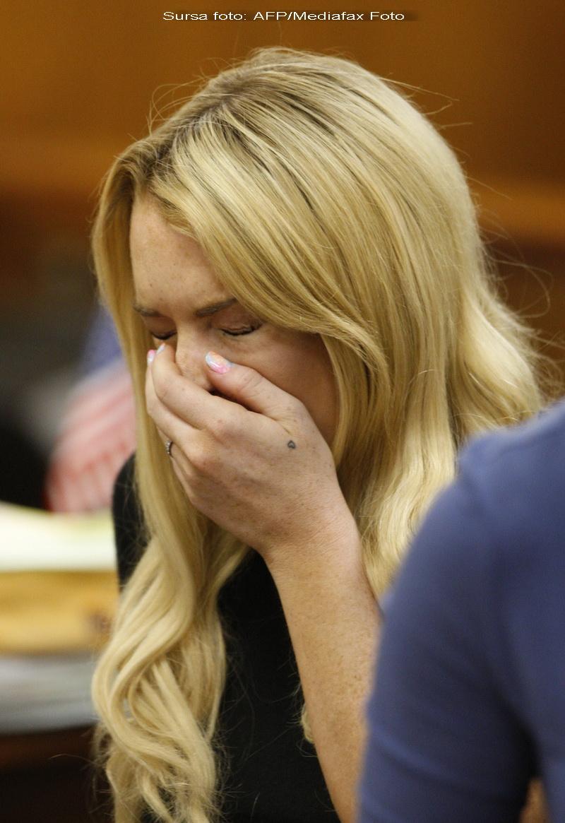 Lindsay Lohan se jura ca nu fura. Judecatorul ii da un ultimatum