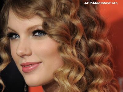 Record stabilit de Taylor Swift. A invins nume precum Britney Spears, Madonna sau Justin Timberlake