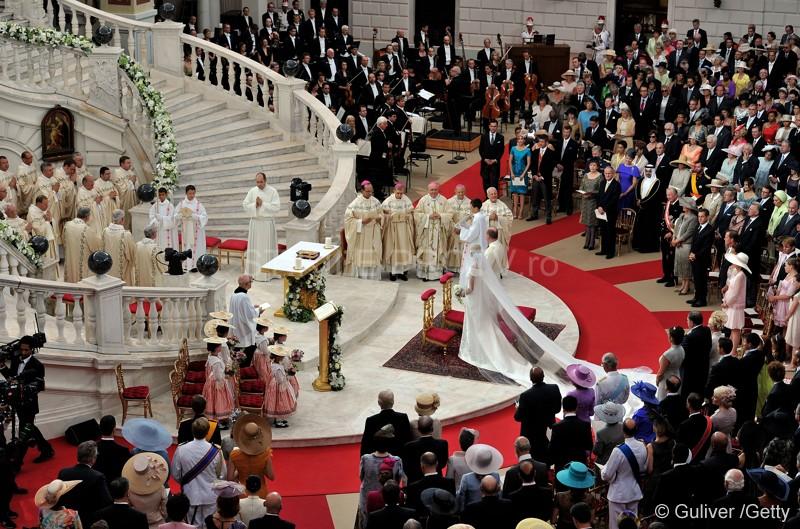 Monaco are o noua printesa. Lacrimi, zambete, emotii si parada modei la nunta verii. VIDEO si FOTO