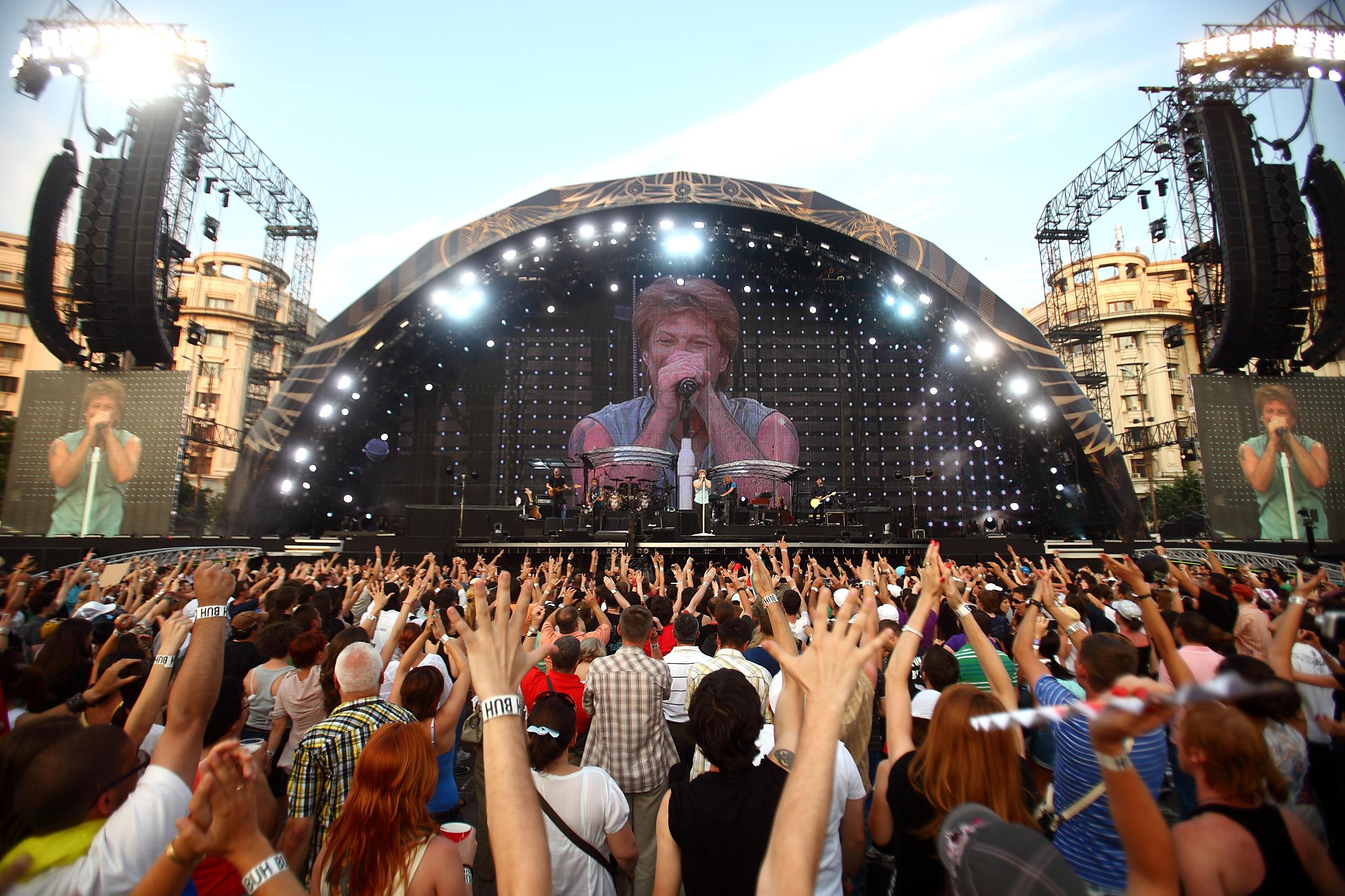 VIDEO. Ce a scris Jon Bon Jovi pe Facebook, dupa concertul de la Bucuresti