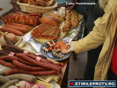 Produse expirate in magazinele din Cluj-Napoca. Au fost depistate nereguli in 11 supermarketuri
