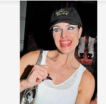 Diva clovn de la Hollywood. A speriat lumea pe strada. FOTO