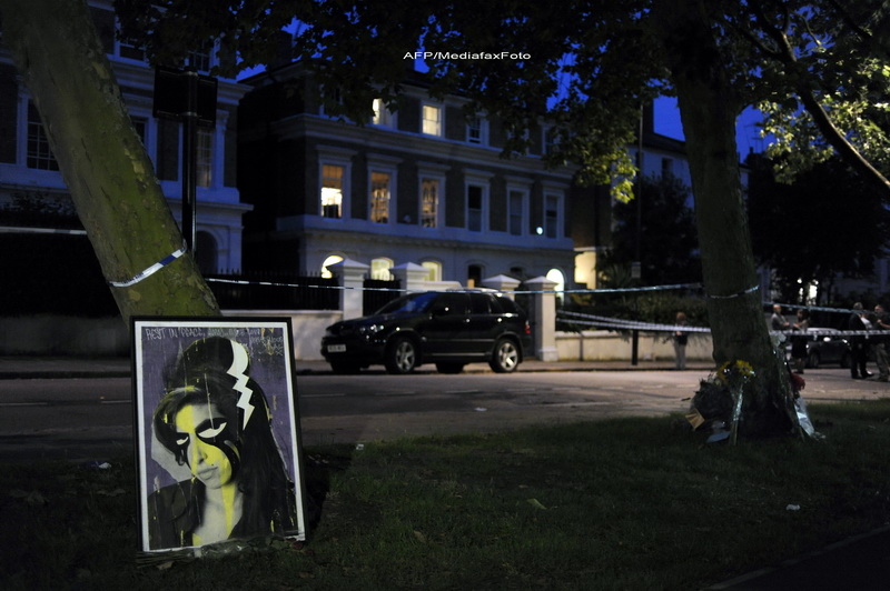 Amy Winehouse era in viata cand paramedicii au ajuns la ea
