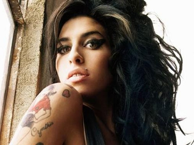 Cum a vazut-o pe Amy Winehouse o lume intreaga, numai mama ei nu