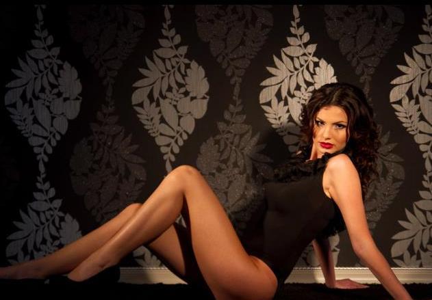 Ea este cea mai frumoasa femeie din Romania.Cine ne va reprezenta la Miss Universe 2011.GALERIE FOTO