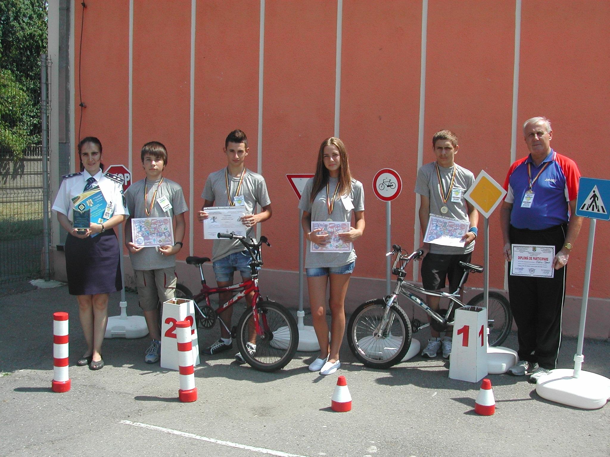 Elevii din Satu Mare si-au demonstrat priceperea la Concursul National de Educatie Rutiera