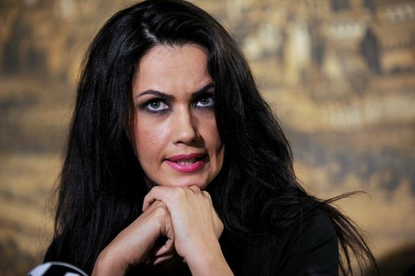 Oana Zavoranu, cercetata pentru MITA.E acuzata ca i-ar fi dat 50.000 euro lui Videanu pentru o casa