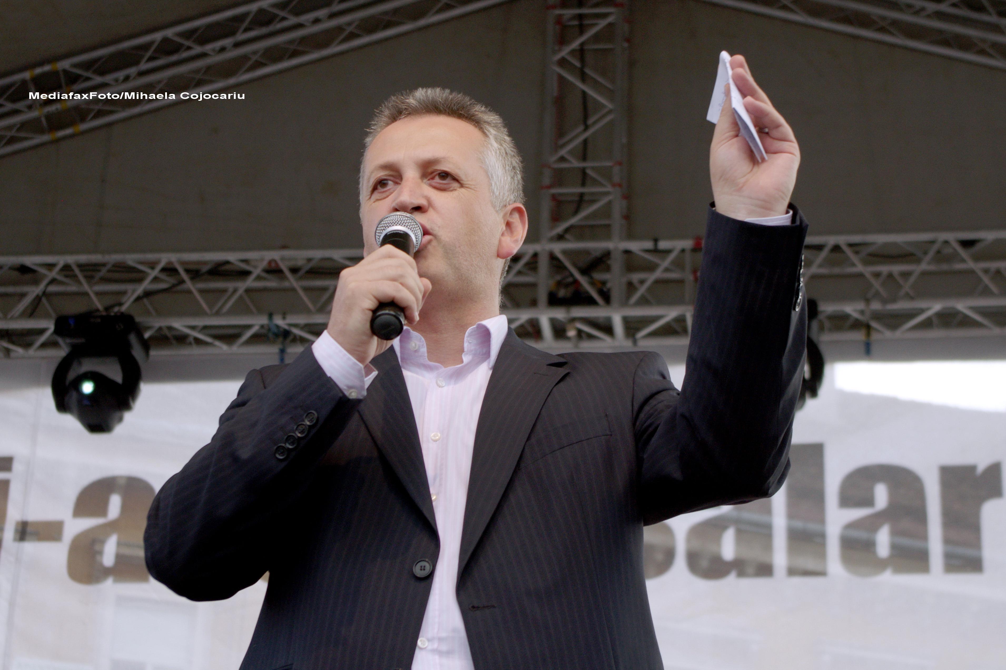 Relu Fenechiu: Diaconescu ar putea raspunde PENAL. Lui Chitoiu nu i se poate reprosa nimic