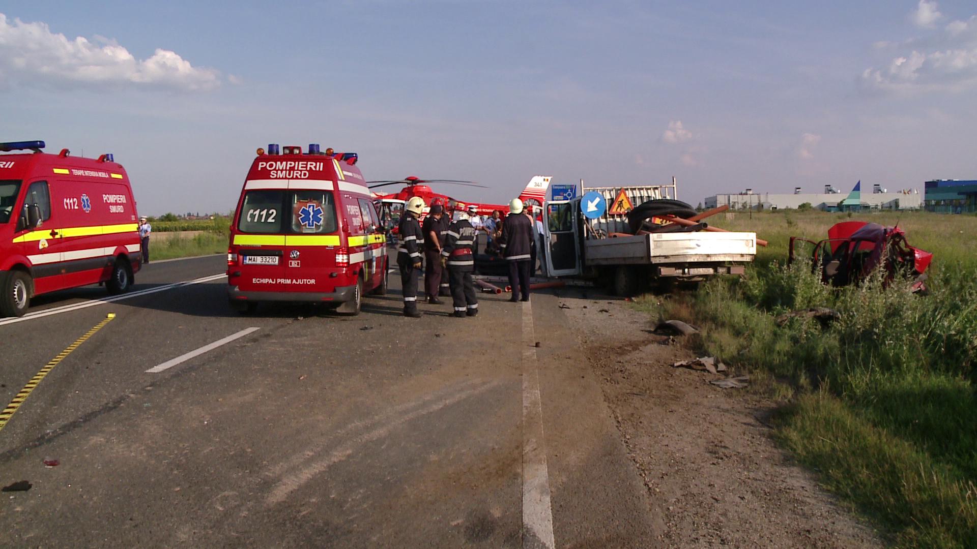 Femeie insarcinata,preluata de elicopterul SMURD in urma unui grav accident petrecut la Recas
