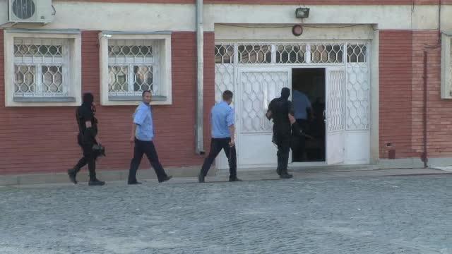 Incident sangeros la Penitenciarul din Tulcea: patru detinuti au ajuns la spital injunghiati