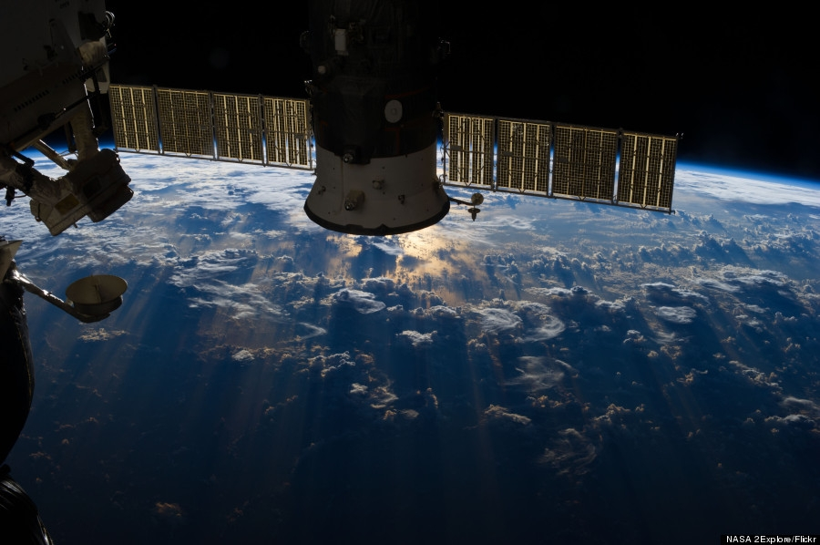 Nori de furtuna deasupra Oceanului Atlantic. O fotografie deosebita, realizata din spatiul cosmic