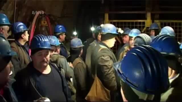Minerii blocati in subteran, in Valea Jiului, au renuntat la protest si au iesit la suprafata