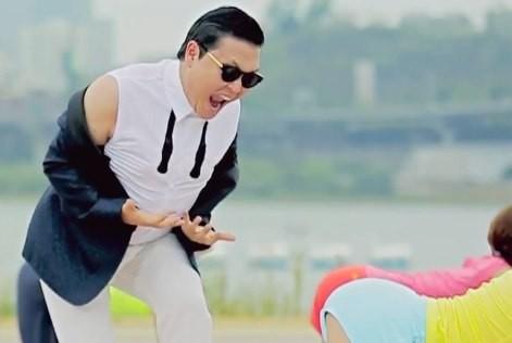 Psy a anuntat ca va lansa un album nou in septembrie. Artistul si-a recunoscut dependenta de soju