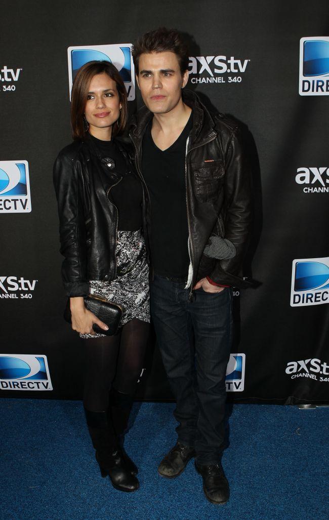 Inca un divort la Hollywood: Actorii Paul Wesley si Torrey DeVitto se despart dupa 2 ani de casnicie