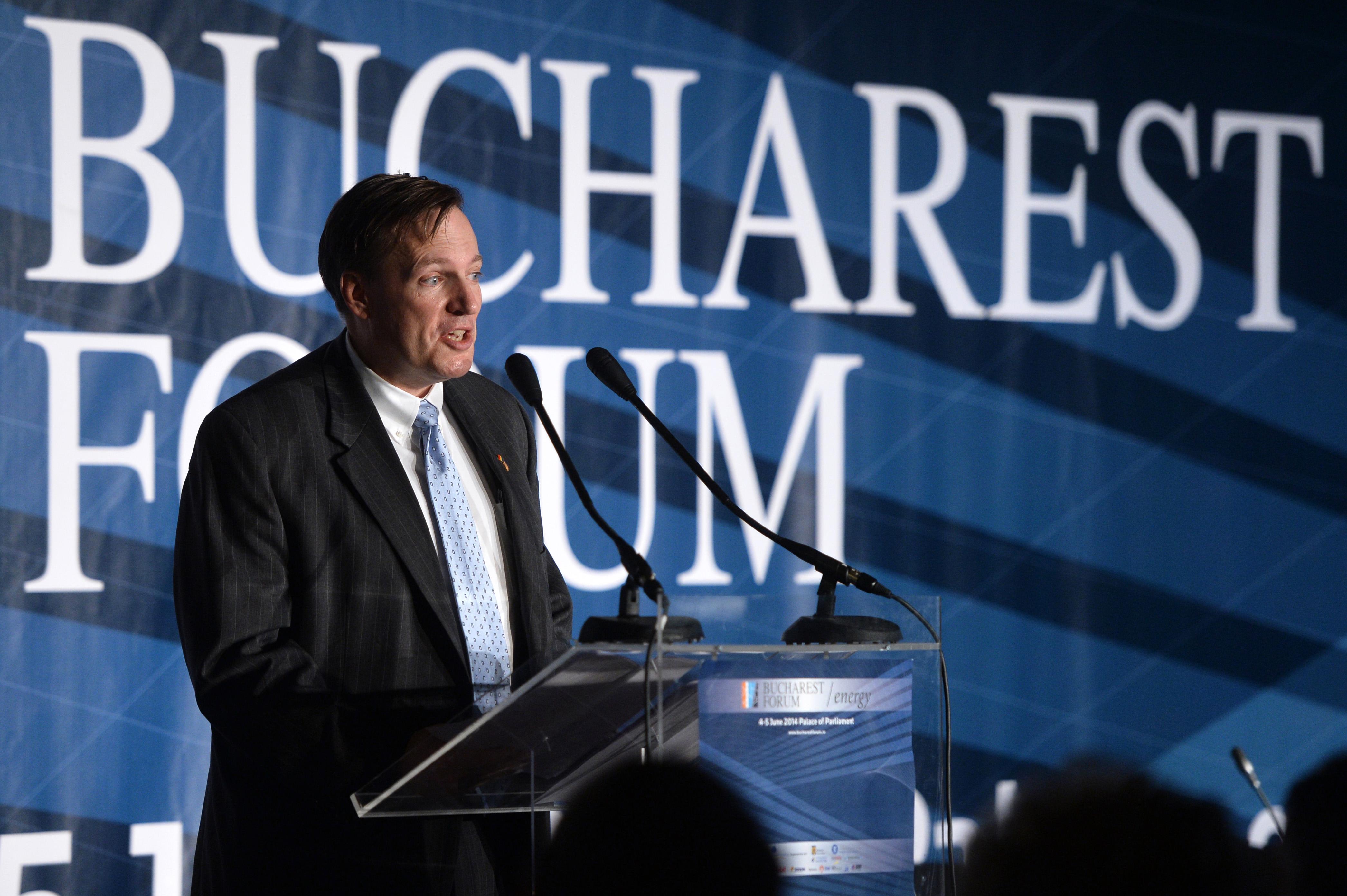 Atasatul cu afaceri al Ambasadei SUA, despre cazul Mircea Basescu, taxa pe stalp si influenta Rusiei asupra Romaniei
