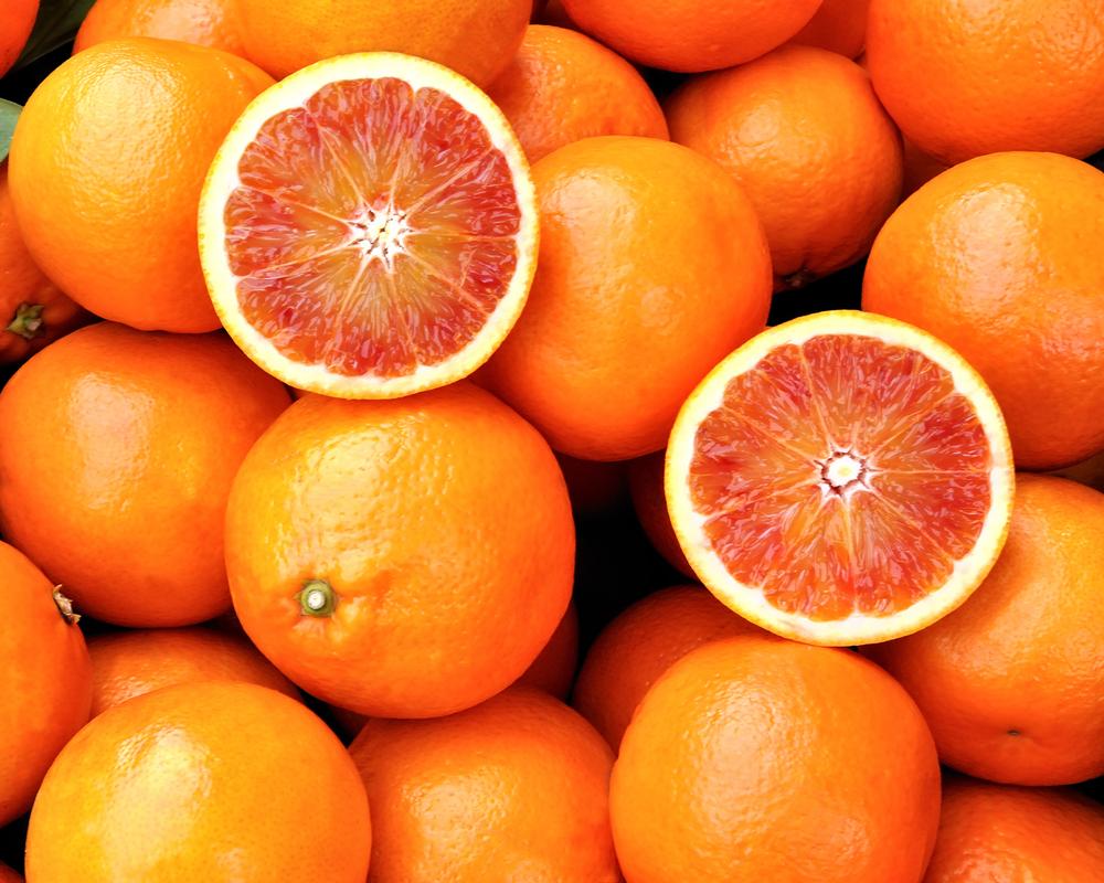 ANPC a retras de la vânzare 108 kg de citrice, dintr-un hypermarket din București