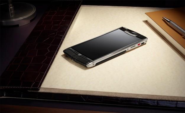 Bentley si Vertu lanseaza impreuna un smartphone de lux. Cum arata telefonul care costa cat un Logan nou
