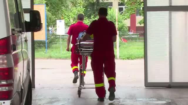 Incident foarte grav la Ploiesti. Un politist a ajuns de urgenta la spital, dupa ce ar fi fost atacat cu acid sulfuric