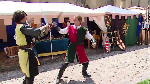 Sarbatoare la Sighisoara. 30.000 de turisti sunt asteptati in acest weekend la un Festival Medieval, vestit in toata lumea