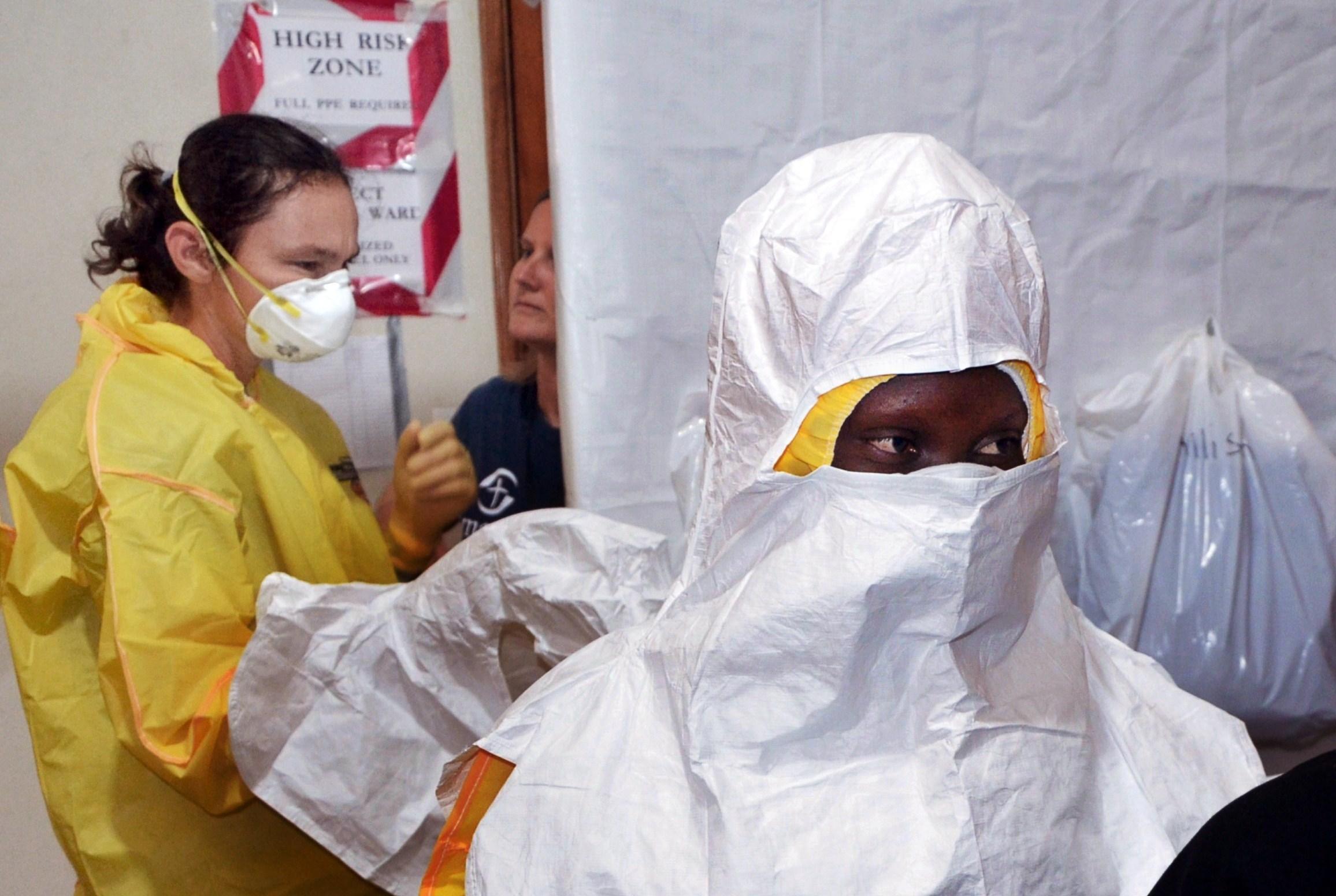 Epidemia de Ebola s-a soldat cu 3.338 de morti in Africa de Vest. Liberia, Guineea si Sierra Leone, cel mai grav afectate