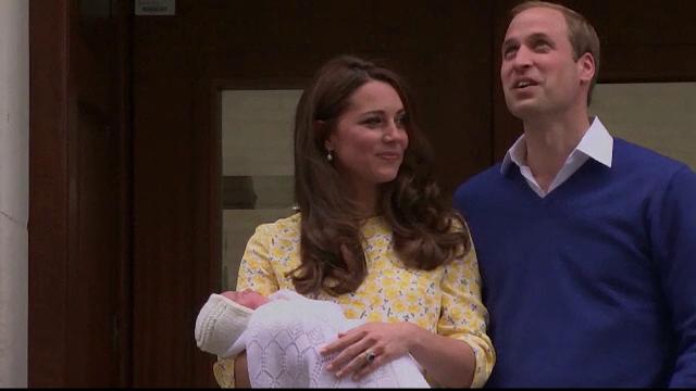 Printul William si ducesa de Cambridge si-au botezat fetita. Cati nasi are Printesa Charlotte