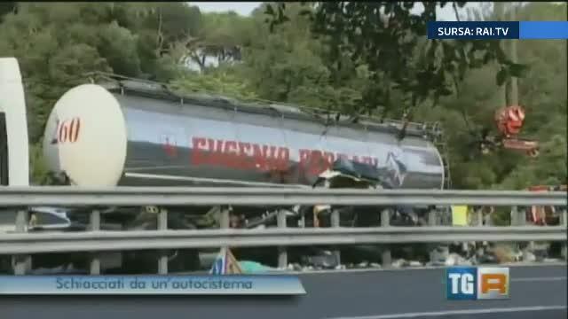 Accident provocat de un sofer roman pe o autostrada din Italia. Gemeni de numai 9 luni, morti in urma impactului