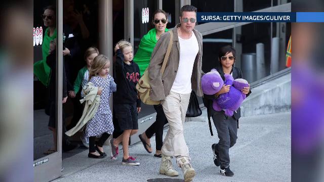 Cat au lasat bacsis Angelina si Brad Pitt la un fast-food. Angajatilor nu le-a venit sa creada