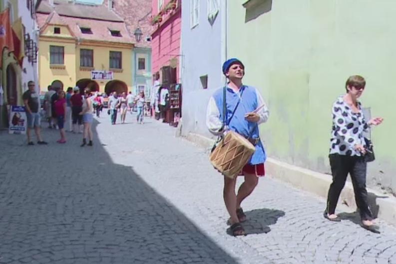 Sighisoara, in pregatiri pentru cel mai mare festival medieval din Romania. Surprizele pregatite pentru turisti