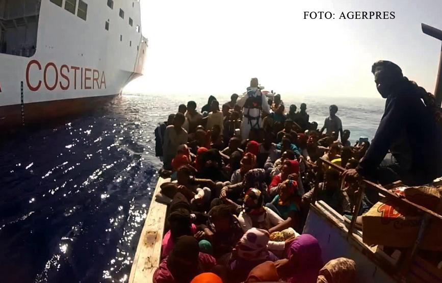 Aproape 200 de imigranti au fost salvati pe mare, in Spania, sambata noapte. Doua femei insarcinate au fost duse la spital