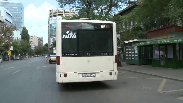 Autobuzele cu aer conditionat, lasate in garaje intr-una dintre cele mai fierbinti zile din an. Explicatia soferilor RATB