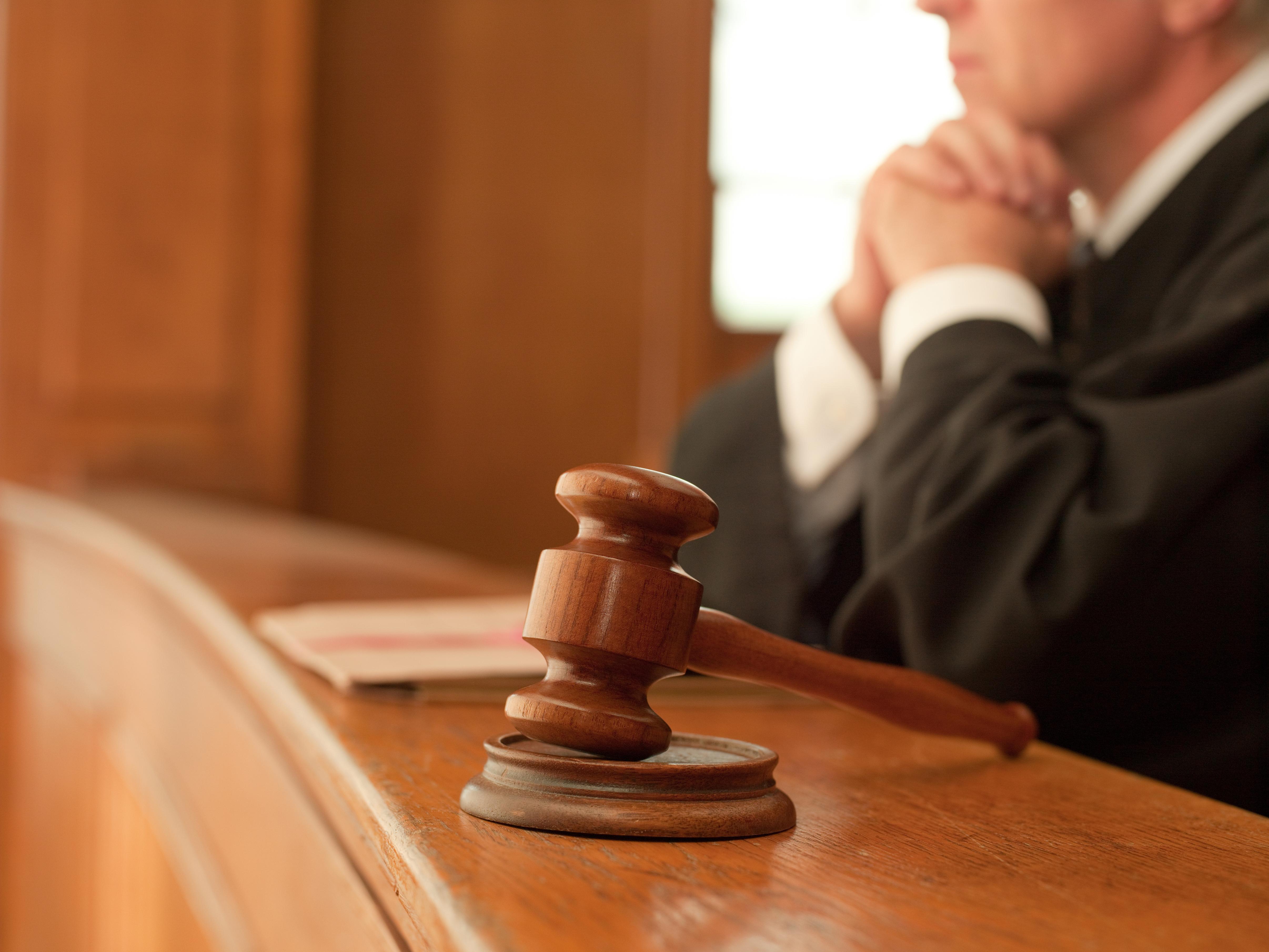 Un fost judecator al Curtii Supreme Populare din China, condamnat la inchisoare pe viata pentru coruptie
