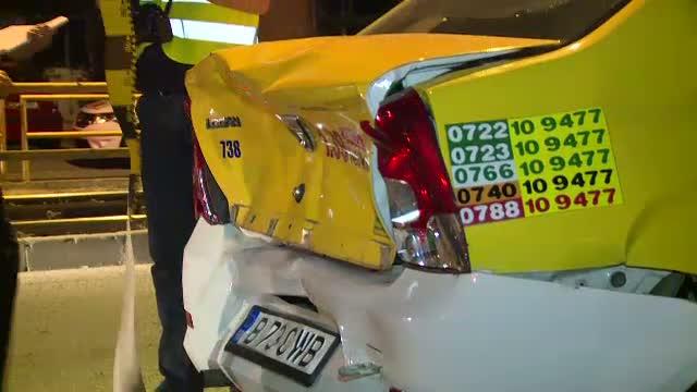 Accident in lant, in Capitala. Patru masini au fost lovite din cauza unui sofer care nu a franat la timp si a izbit un taxi