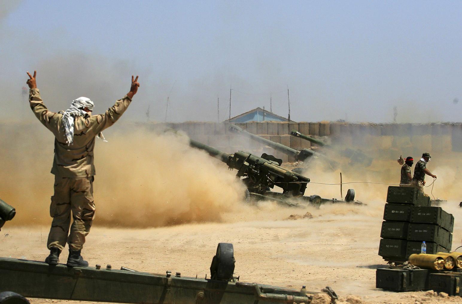 150 de jihadisti ucisi si 600 de vehicule distruse in raiduri aeriene. Cum au sarbatorit oamenii eliberarea orasului Fallujah