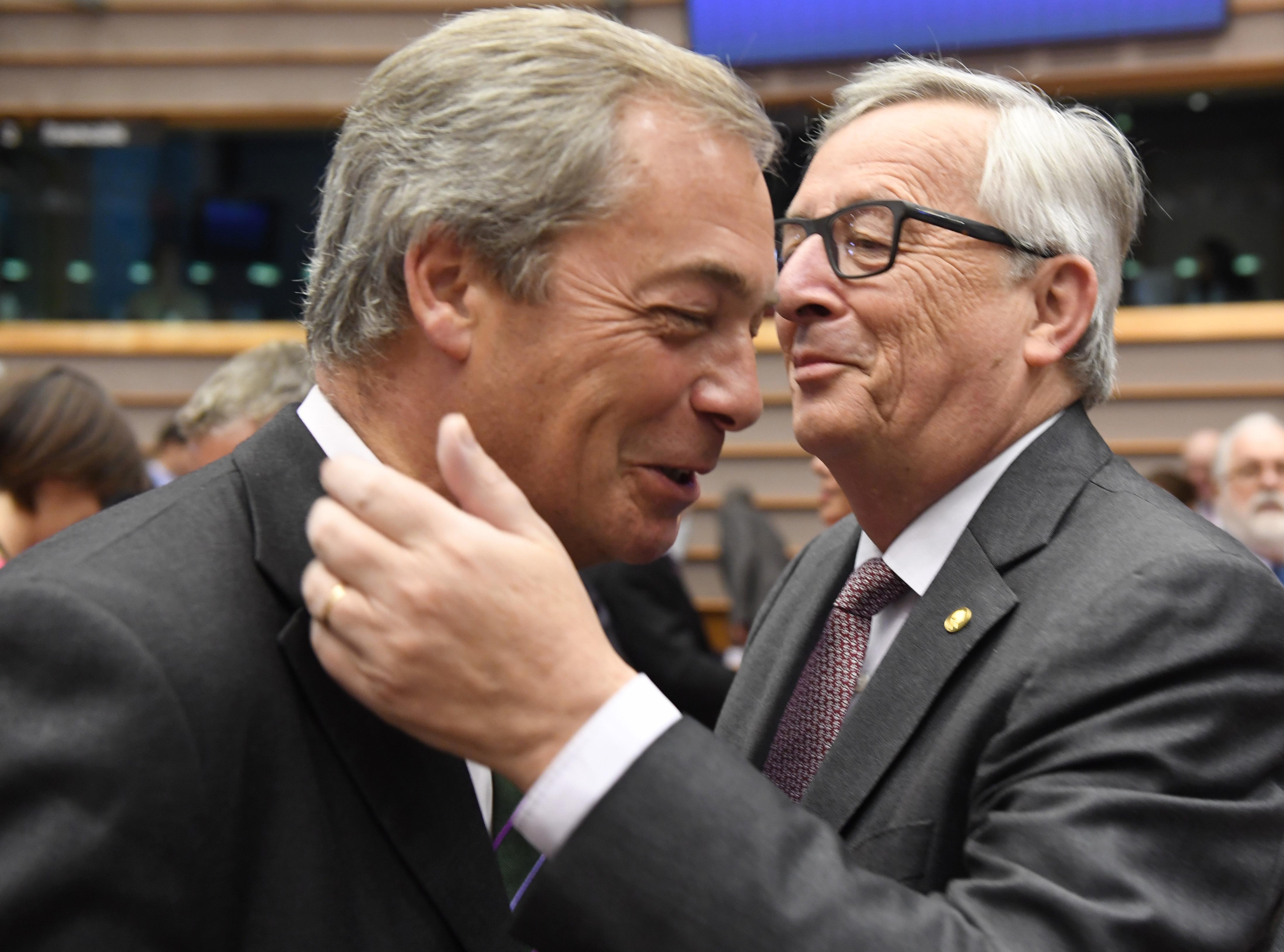 Lista neagra a presedintelui Comisiei Europene. Timp de 30 de ani, a trecut intr-o agenda numele persoanelor care l-au tradat