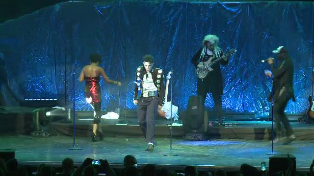 Trupa lui Michael Jackson a facut spectacol la Bucuresti. Omagiul impresionant pe care i l-au adus Regelui Pop